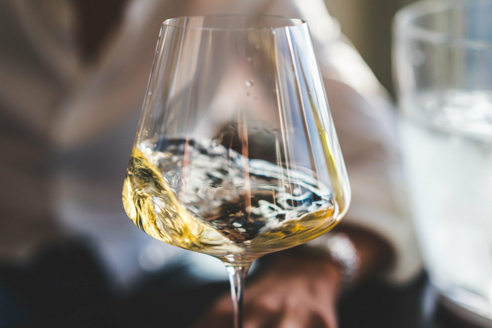 Vinos Blancos Semidulces y Afrutados